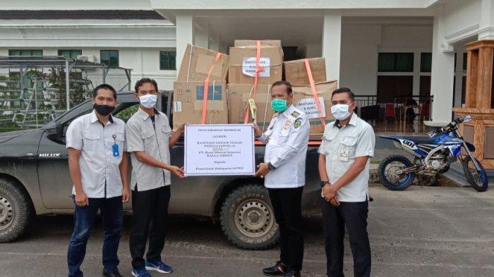 Terima Bantuan Alat Kesehatan, Bupati Luwu Basmin Mattayang: Terima Kasih Kalla Group