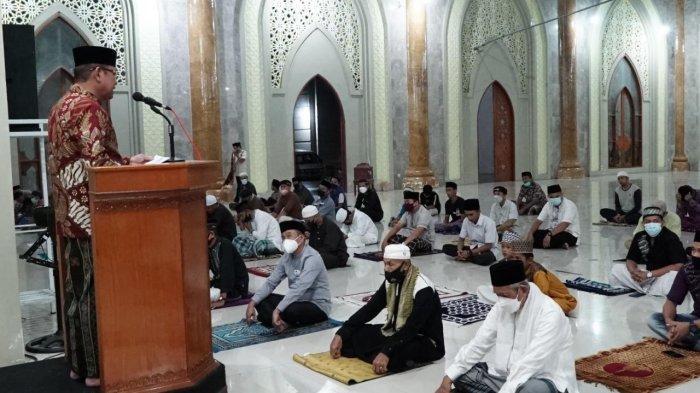 Awal Ramadan 1442 H Bupati Luwu Ceramah di Masjid Agung, Ini Imbauannya