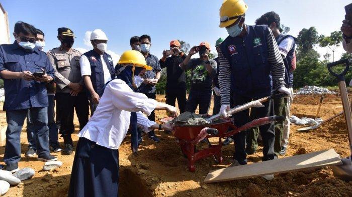 Bupati Luwu Utara Letakkan Batu Pertama Pembangunan 72 Unit Huntap di Porodoa