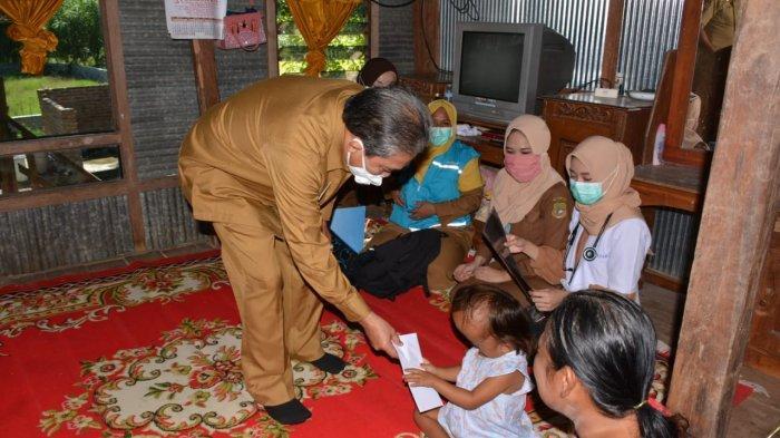 Dollah Mando Janji Bantu Proses Penyembuhan Arsih, Bocah Penderita Hidrosefalus