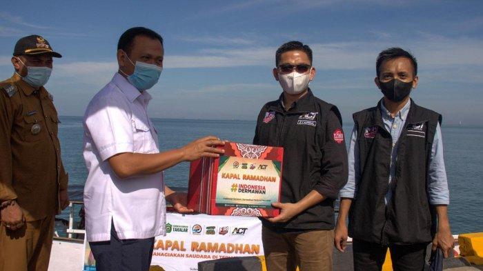Bupati Takalar Pimpin Pelepasan Kapal Ramadhan ACT di Pelabuhan Galesong