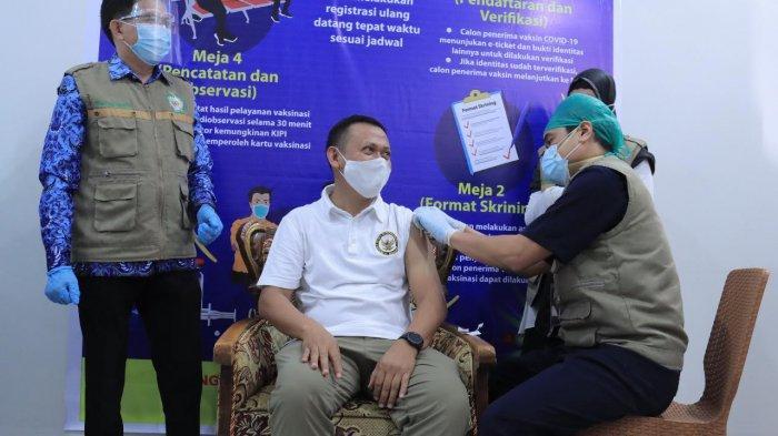 Setelah Divaksin Kedua, Bupati Takalar Ajak Warga Sukseskan Vaksinsinasi Covid-19
