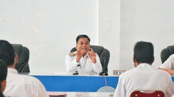 Bupati Torut Keluhkan Kedisplinan ASN & Tenaga Kontrak, Minta Kasubag Kepegawaian Foto Peserta Apel