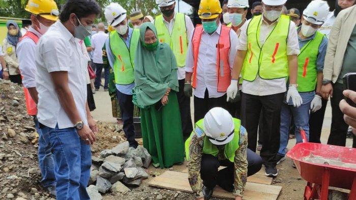 Bupati Wajo Amran Mahmud Letakkan Batu Pertama Program Kotaku