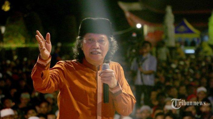Cak Nun Ngaku Dialah yang Bikin Soeharto Turun, Kini  Ancam akan Turunkan Jokowi Jika Sudah Darurat