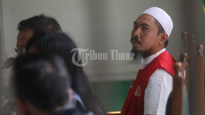 Tuntutan Hukuman Bos Abu Tours Ditunda, Pengunjung Sidang: Gantung Saja