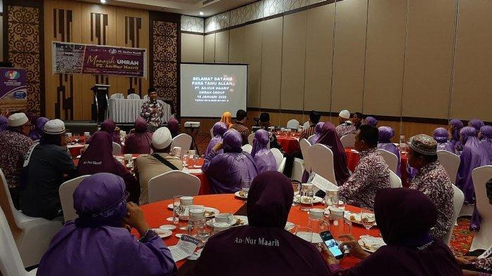 50 Calon Jemaah Umrah PT An Nur Maarif Ikut Manasik Umrah di Harper Hotel Makassar
