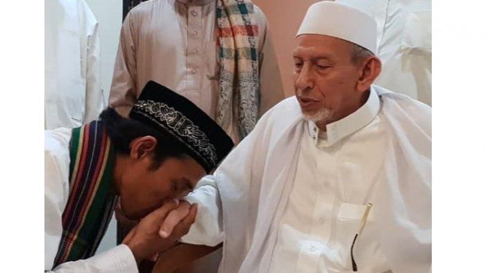 Bertemu Keturunan Nabi Muhammad SAW di Palu, Ustadz Abdul Somad: Menikam, Seumur Hidup Berkesan!