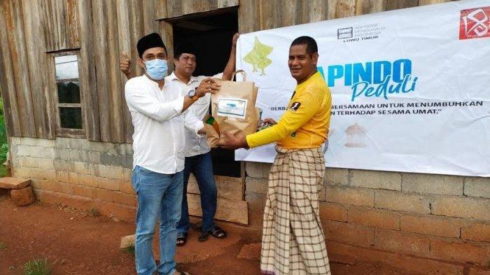 APINDO Luwu Timur Salurkan Paket Sembako ke Warga Kurang Mampu di Angkona dan Malili