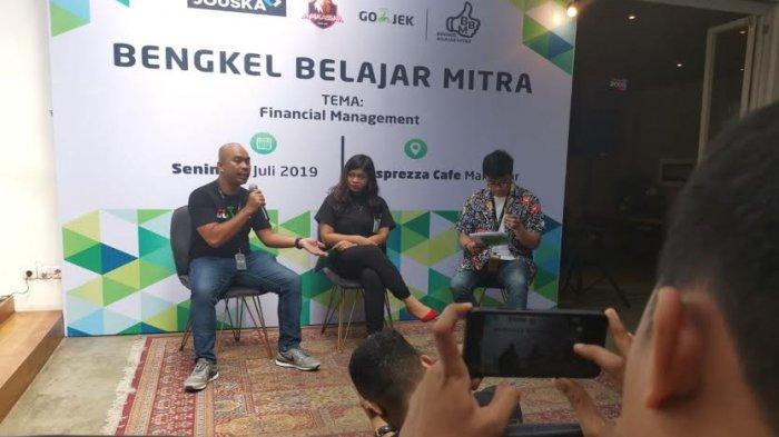 Gojek Gelar Bengkel Belajar Mitra di Makassar, Bareng Jouska Beri Edukasi Financial