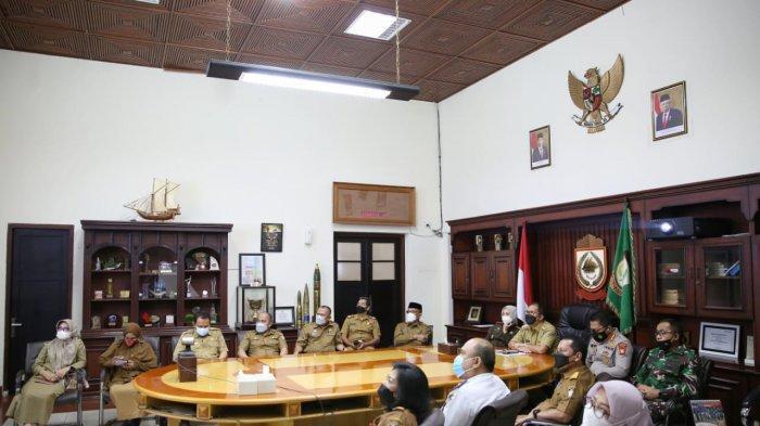 Mendagri Tito Puji Danny Pomanto Terkait Pembubaran Pengunjung di Mal Panakkukang