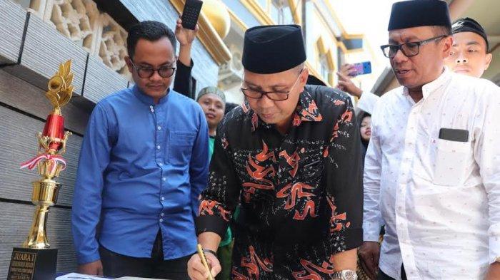 Resmikan Masjid di Paotere, Danny Pomanto Janjikan Dana Pembangunan Menara