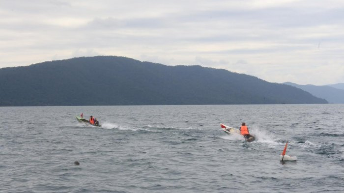 BREAKING NEWS: Perahu Terbalik di Danau Towuti Luwu Timur, 9 Hilang