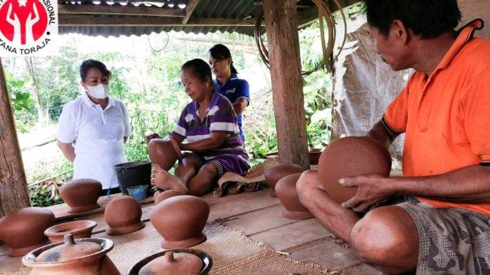 Dekranasda Tana Toraja Akan Fasilitasi Pengrajin Tingkatkan Produksi