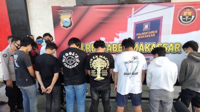Delapan petarung Makassar Street Fighter ditangkap tim gabungan Resmob Polda dan Polrestabes Makassar, Rabu (4/8/2021) sore