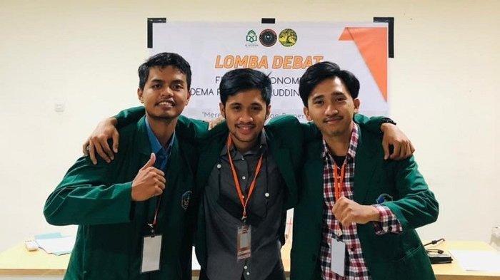 Mahasiwa UMI Juara 2 Debat Ekonomi di UIN Alauddin Makassar