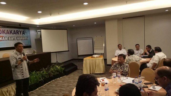 Koordinator ICW dan Prof Marwan Mas Puji Deng Ical
