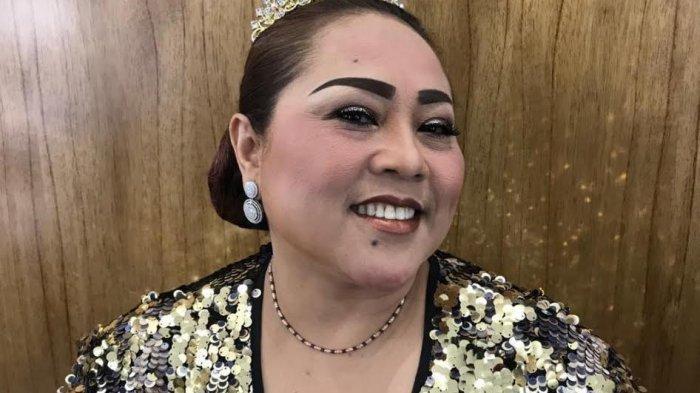 Deretan Fakta Sidang Tuntutan Pelawak Nunung, 1,5 Tahun Rehabilitasi hingga Wajah Tampak Murung