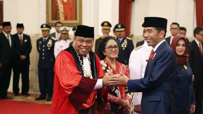 Ancam Usir Bambang Widjojanto, Ini Profil Lengkap Hakim Mahkamah Konstitusi (MK) Arief Hidayat