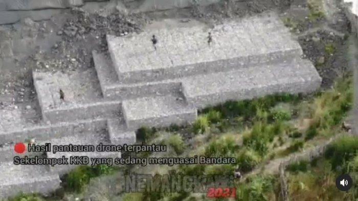 Detik-Detik TNI Polri Rebut Bandara Aminggaru Papua, KKB Mundur dan Sembunyi saat Diberondong Peluru