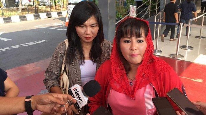 5 Sepak Terjang Dewi Tanjung, Artis 'Majikan Kikir', Serangan ke Amien-Rizieq Shihab-Novel Baswedan