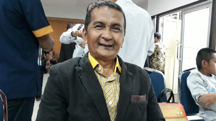 Dr Mahmud Nuhung