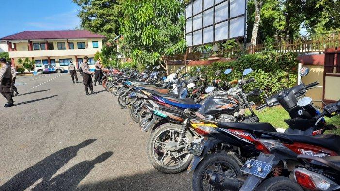 Polres Pangkep Amankan 60 Sepeda Motor yang Dipakai Aksi Balapan Liar dan ke Warkop