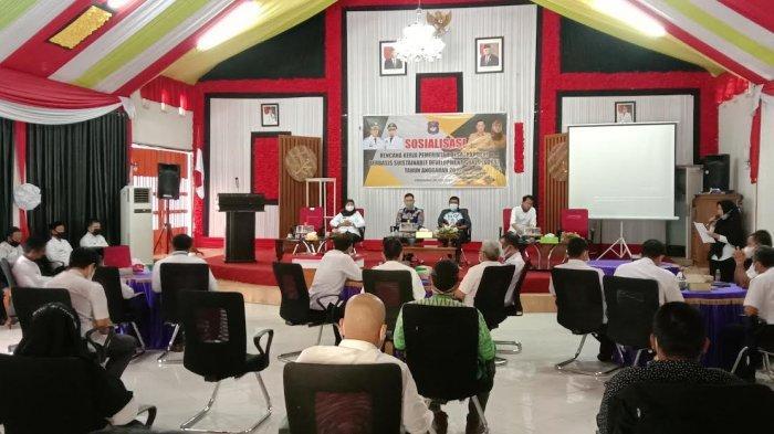 Zubedah Bando Ingatkan Camat di Enrekang Agar Tak Seenaknya Gunakan Dana Desa
