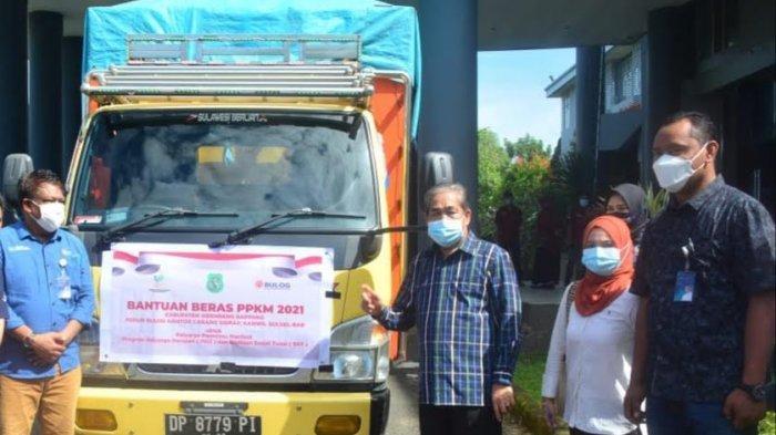 Terapkan PPKM Mikro, 15.802 Kepala Keluarga di Sidrap Dapat Bantuan Beras 10 Kg