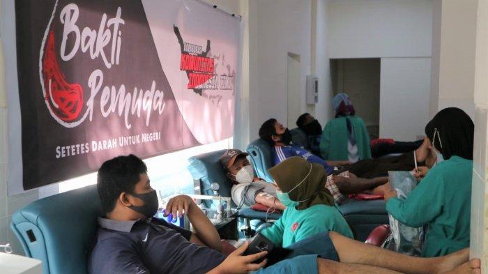 Gabungan Komunitas di Makassar Kumpul 77 Kantong Darah