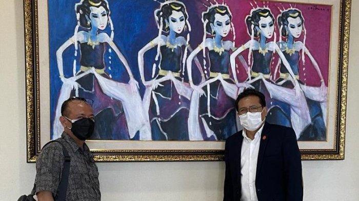 Calon direktur Politeknik Pertanian Negeri Pangkep (PPNP) atau Politani Pangkep Dr H Mauli Kasmi MSi bersama Juru Bicara Presiden Fadjroel Rachman di Istana Negara Rupublik Indonesia, 8 Desember 2020 lalu.