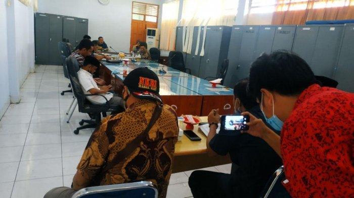 Legislator 'Sidang' Kepala Pasar Sentral Bulukumba, Pertanyakan Pungli Rp3 Juta