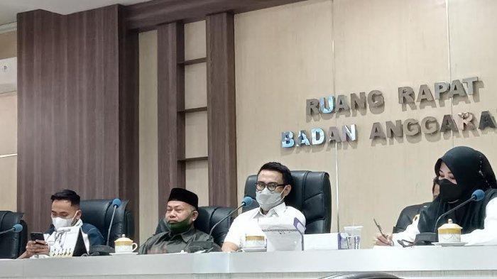 Legislator Makassar Ancam Polisikan Operator Nakal Saat PPDB