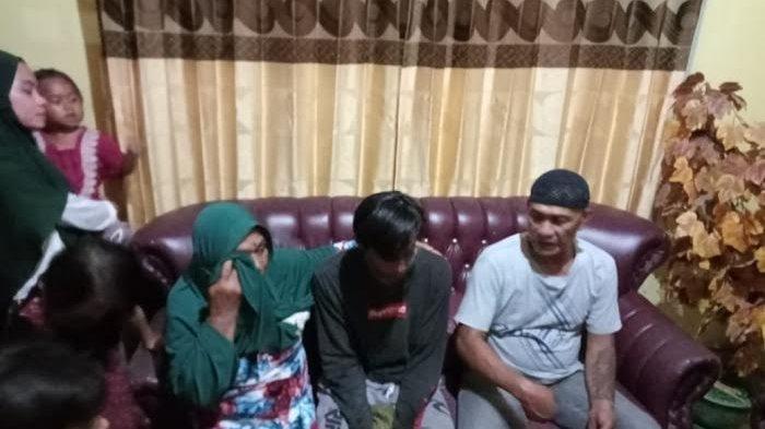 Santunan Keluarga 3 Nelayan Asal Tongke-Tongke yang Hilang di NTT Belum Cair