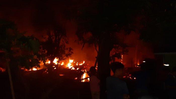 Dua Rumah Terbakar di Kampung Balangan Bantaeng