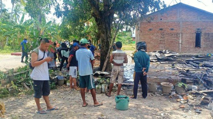 Dua Rumah Warga Beru-beru Mamuju Hangus Terbakar