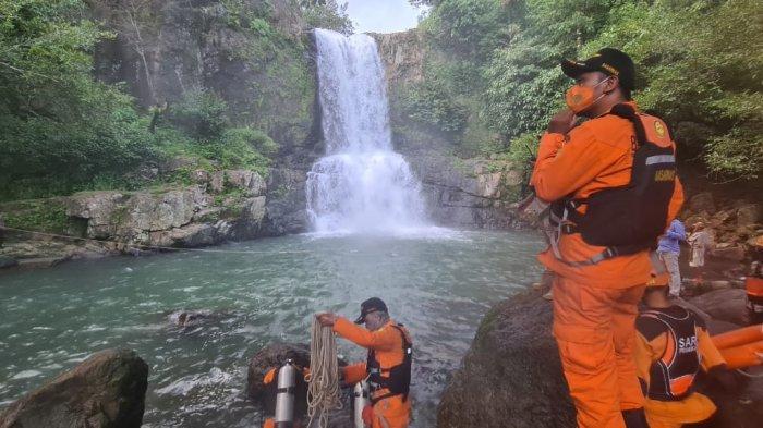 Dua Siswa SMK di Makassar Tewas Tenggelam di Air Terjun Pung Bunga Maros