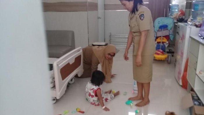 3 Hari Dampingi Jasad Ibunya, Begini Cara EAB Bocah 2 Tahun Bertahan Hidup