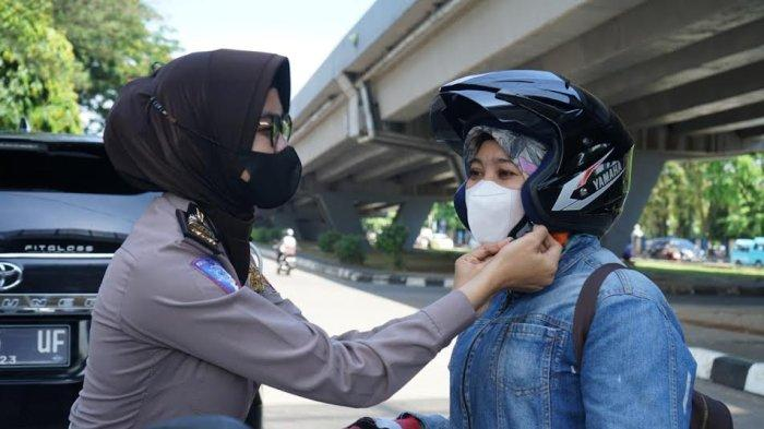 Selain Melintasi Jalan AP Petta Rani, ini Syarat untuk Dapat Helm Gratis & Masker dari Polda Sulsel
