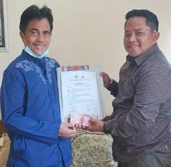 Jelang Dilantik Jadi Wakil Bupati Selayar, Saiful Serahkan Bantuan ke Korban Gempa Sulbar