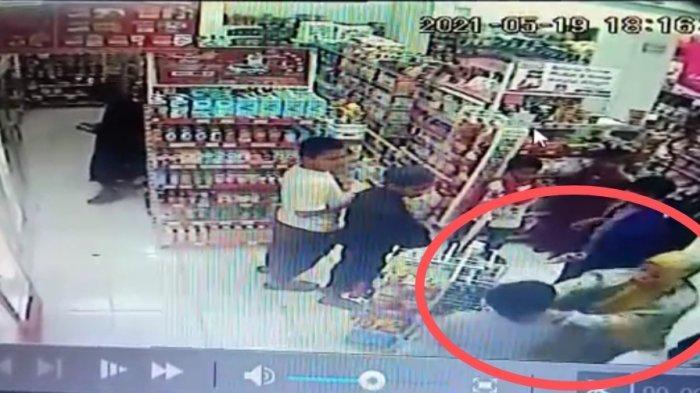 Polisi Amankan Emak-emak Pelaku Pencekikan Anak di Minimarket Sidrap