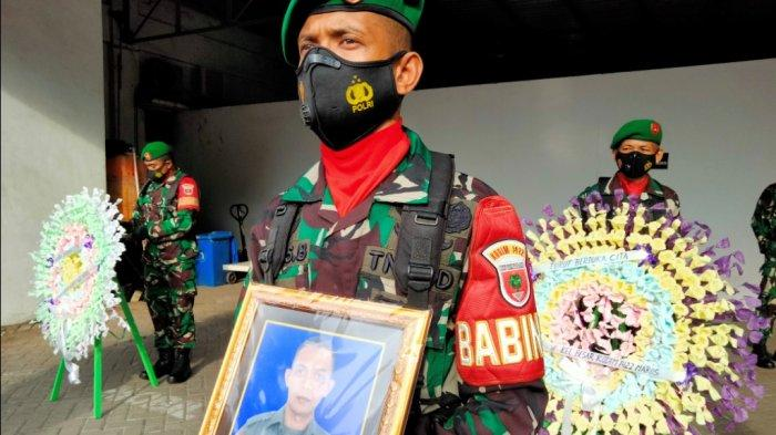 Tiba di Bandara Sultan Hasanuddin, 2 Jenazah Prajurit TNI Langsung Dibawa ke Kampung Halaman