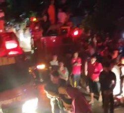 4 Mobil Damkar Diturunkan Padamkan Api di Bulloe Jeneponto