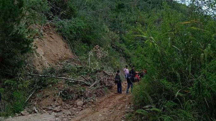 Juan Gayang: Jalan Poros Mamasa-Toraja Seperti Kubangan Kerbau