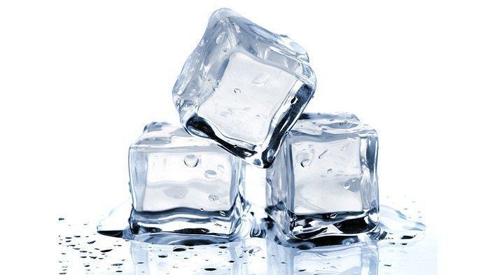 Benarkah Es Batu Berwarna Putih Dibuat dari Air Mentah? Ini Penjelasan BPOM