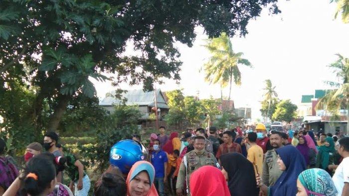 Ramainya Warga Saksikan Evakuasi Mayat yang Ditemukan di Sungai Sapanang Jeneponto