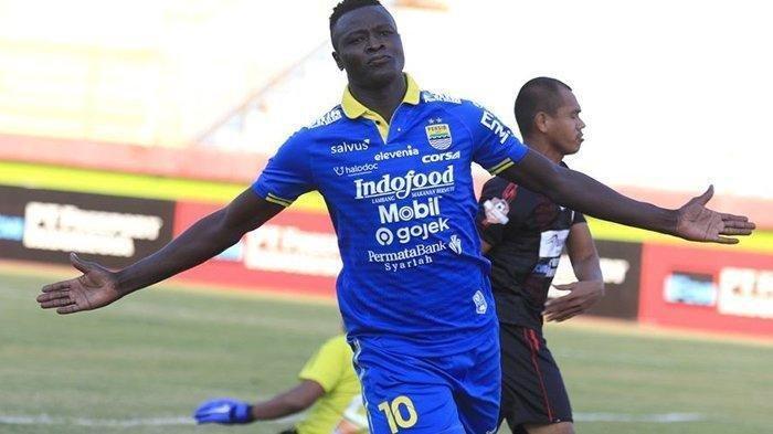 Ezechiel Ngotot Mau Gabung Arema FC Padahal Bermasalah dengan Persib Bandung