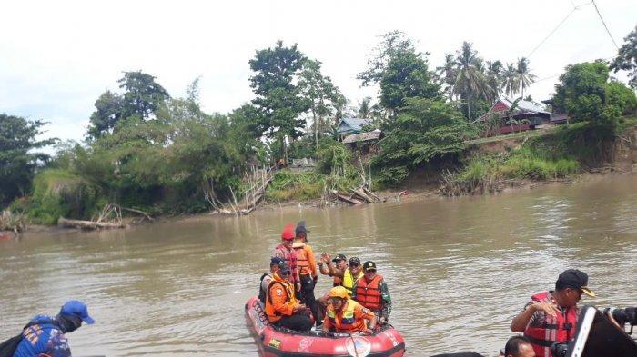 Bone Utara Rawan Banjir, Bupati bersama Forkopimda Susuri Sungai Walanae