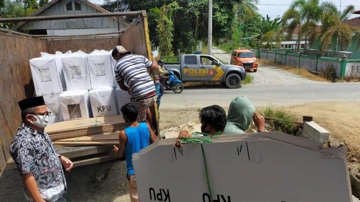 3 Hari Jelang Pencoblosan, Logistik Pilkada Mamuju Tengah Sudah Tiba di Kecamatan