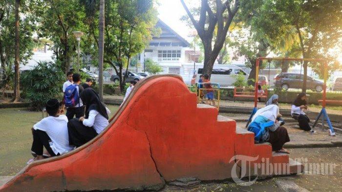 FOTO: Taman Segitiga Makassar Butuh Perhatian - fas9.jpg